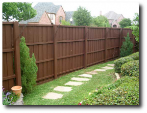 Fence paint colors home design 2017 - How to paint a wood fence ...